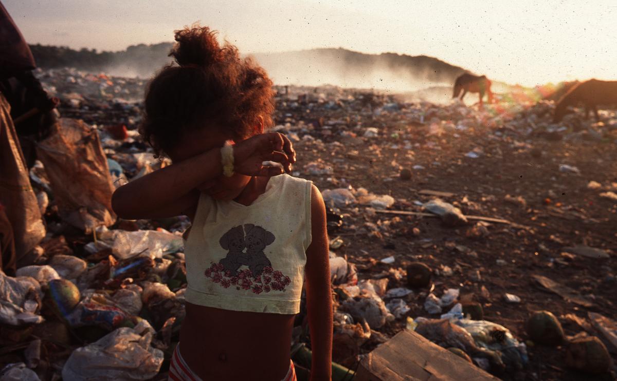 Utopias – pobreza é falta de dinheiro