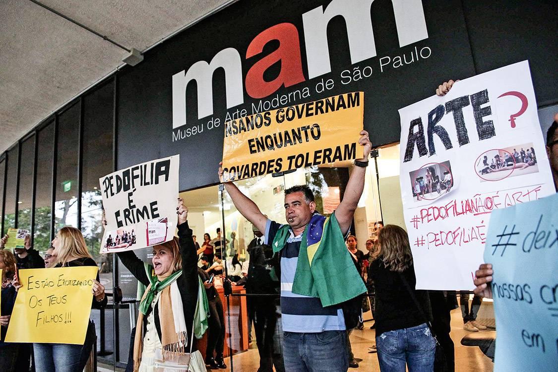 Entre museus e outras mídias: O Brasil que (imagina que) luta pelas crianças